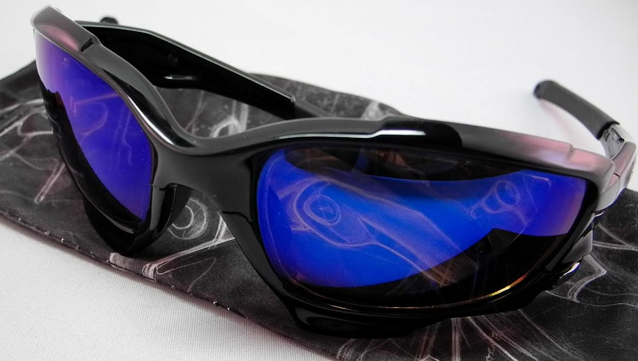 3bcdc86bb34 BlueMirror. Oakley Racing Jacket. Polarized Rose-Copper lenses ...